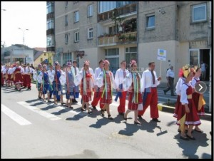 """Sursa foto: Monitorul de Suceava - Editia 2011 a festivalului """"Convietuiri"""""""