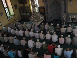musulmani-la-rugaciune
